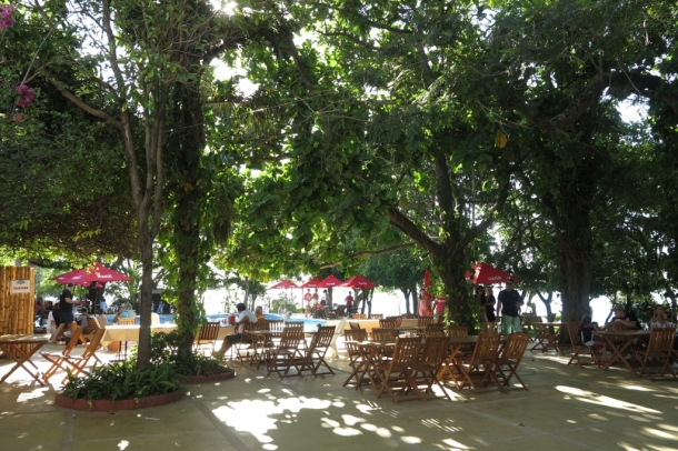 Lunch spot in Paso de la Patria, popular river resort